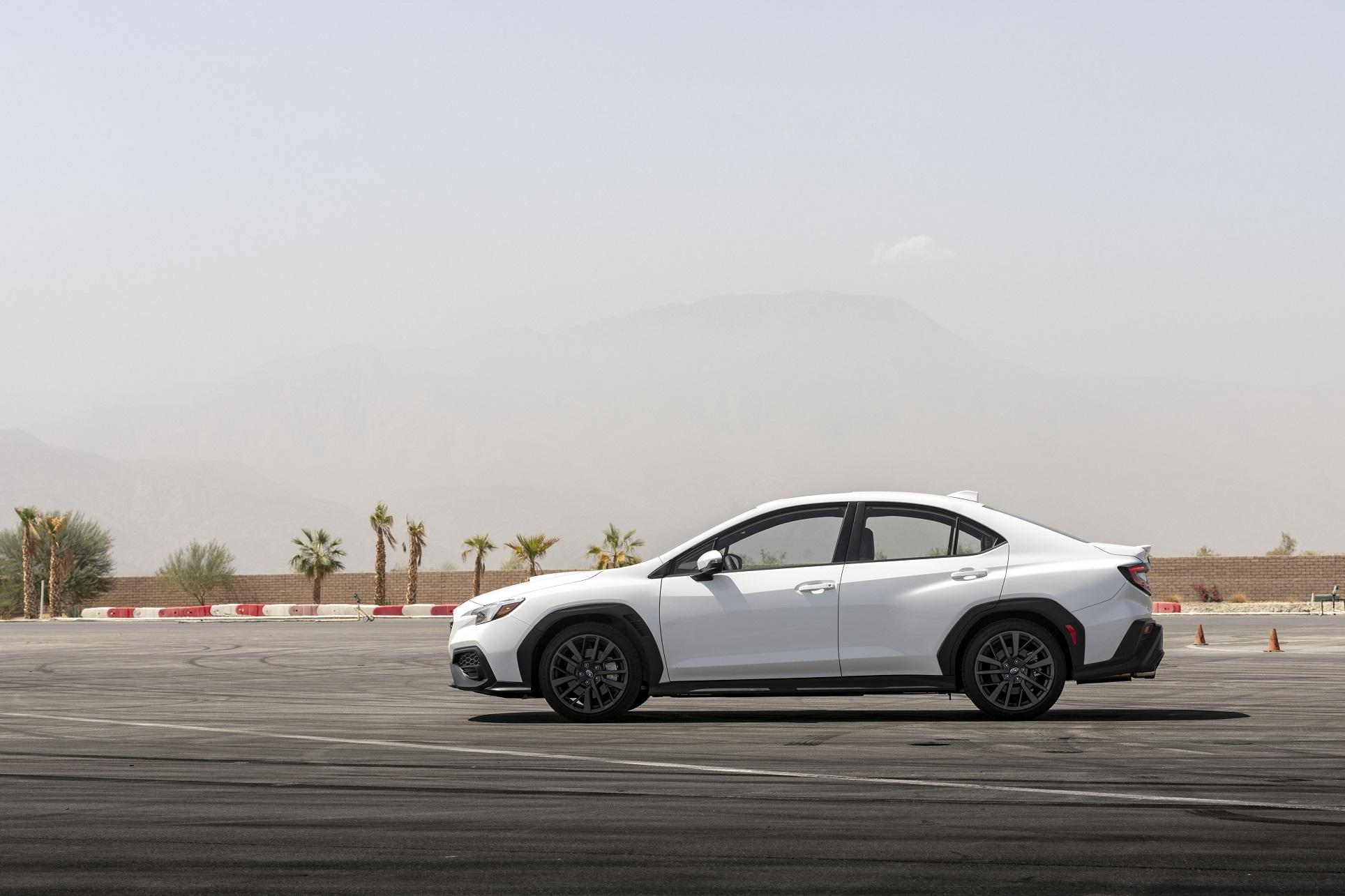 新型WRX S4 サイドデザイン