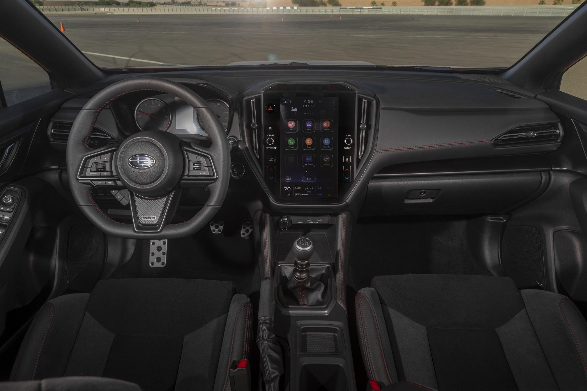 新型WRX S4 インテリア