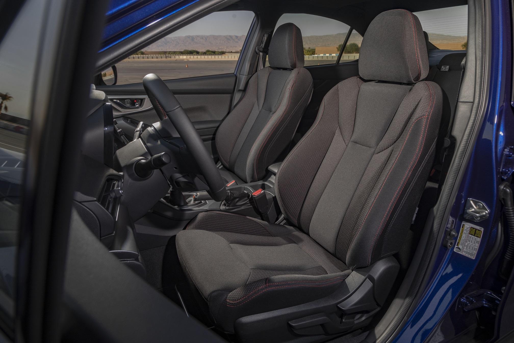 新型WRX S4 内装
